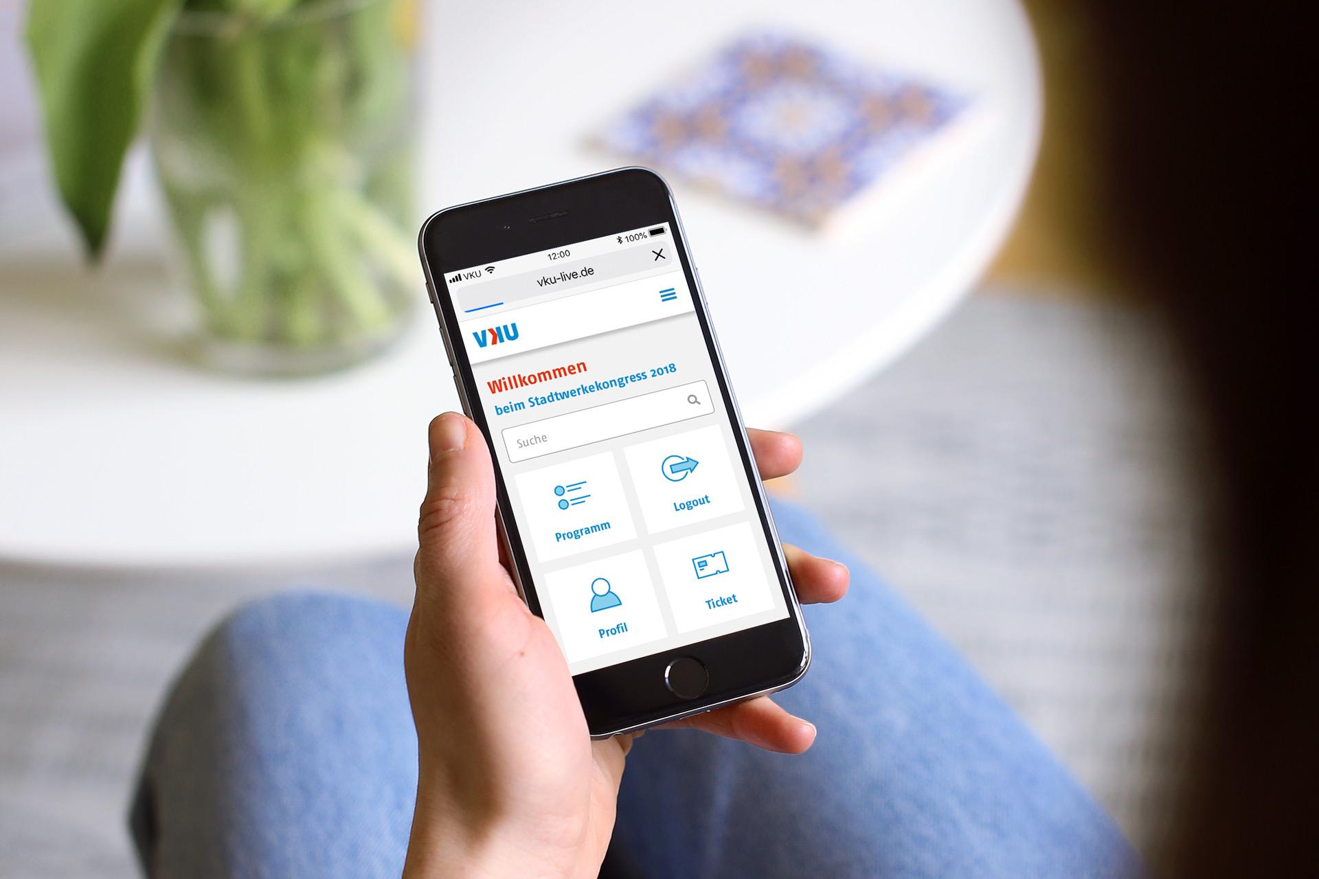 VKU Tagungsapp – Dashboard auf dem Smartphone