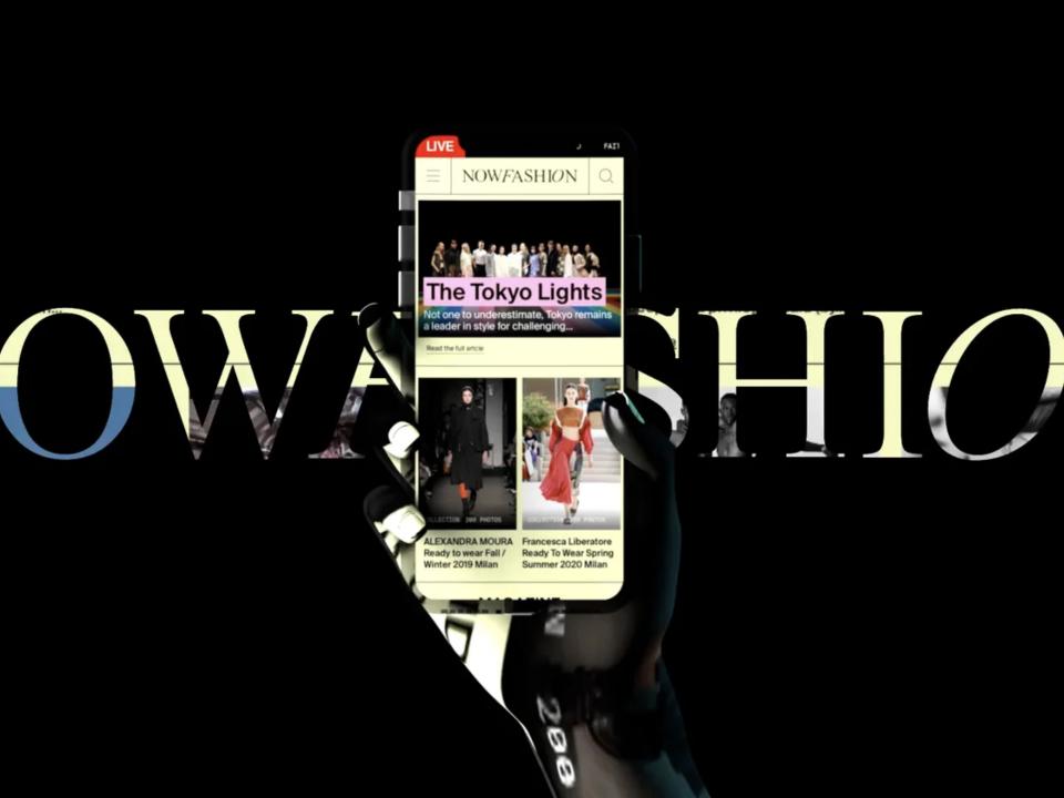 Smartphone mit Visualisierung der Webseite von Nowfashion